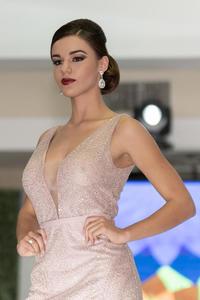 Ángela Salas -Pasarela vestidos de noche