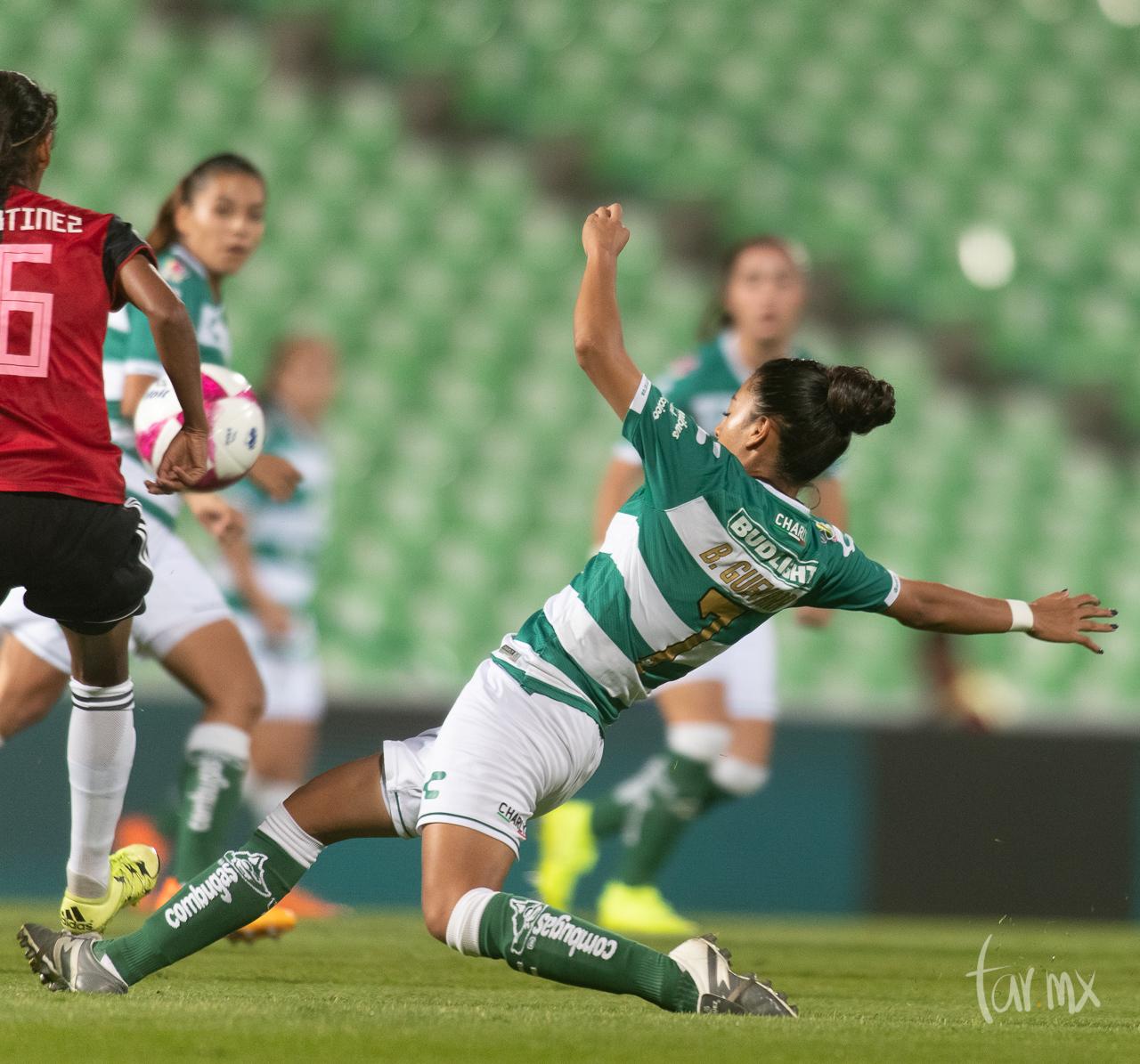 Andrea Hurtado 9