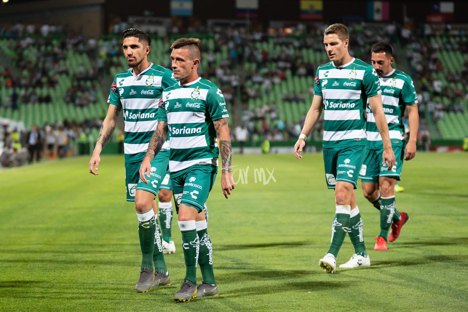 Valdés, Lozano, Furch, Correa