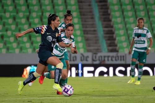 Guerreras vs Águilas, Esmeralda Verdugo, Daniela Delgado