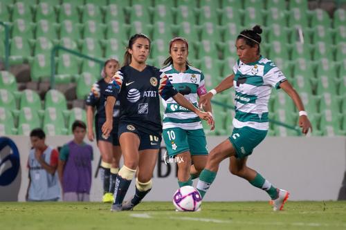 Guerreras vs Águilas, Jennifer Muñoz, Estela Gómez