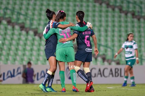 Celebrtación de gol, Daniela Espinosa, Jaidy Gutiérrez, Marc