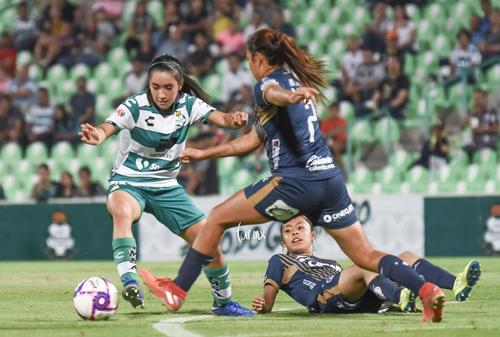 Alejandra Vázquez, Ashly Martínez