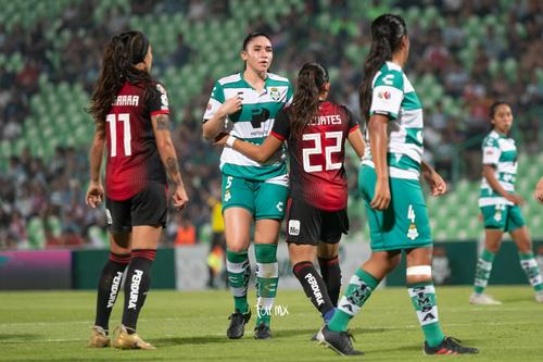 Fátima Delgado, Ana Gutiérrez