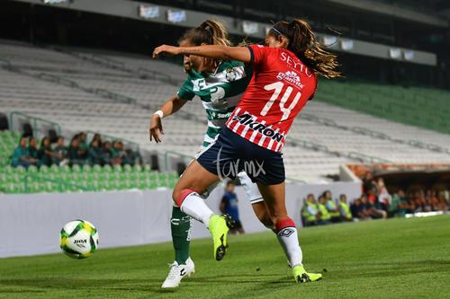 Linda Valdéz, María Sánchez 14