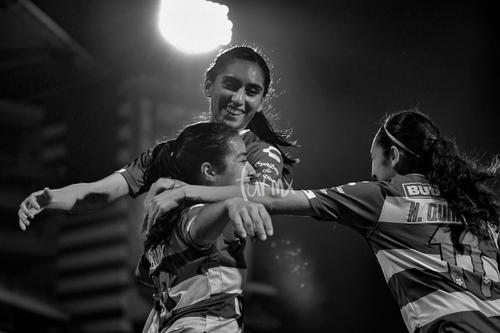 Gol de Cynthia Peraza