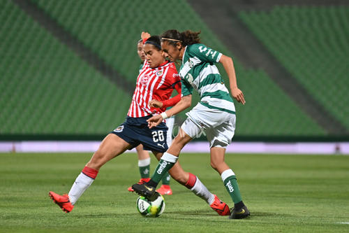 Dania Pérez, Nancy Quiñones
