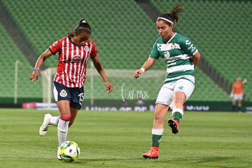 Miriam Castillo 15, Daniela Delgado 15