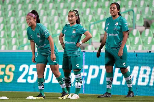 Aidé Pérez, Arlett Tovar, Cinthya Peraza