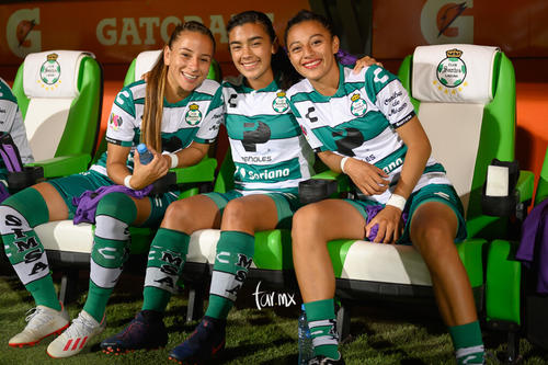 Marianne Martínez, Linda Valdéz, Brenda Guevara
