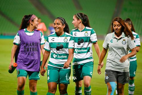 Aidé Pérez, Yahaira Flores, Daniela Delgado