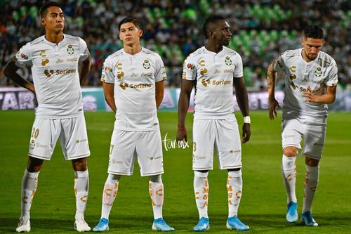 Diego Valdés, Eryc Castillo, Gerardo Arteaga, Hugo Rodríguez