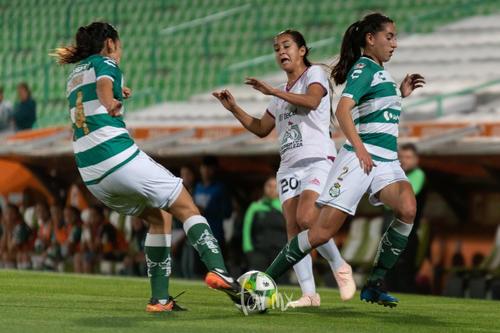 Melissa Sosa, Perla Navarrete, Karla Martínez