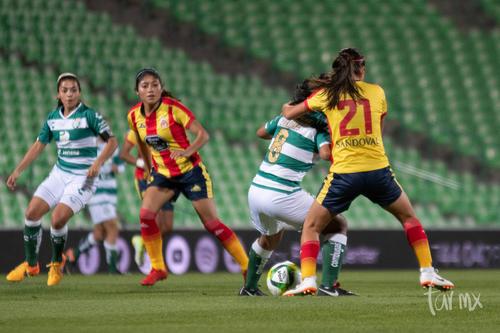 Yahaira Flores 8, Maria Sandoval 21