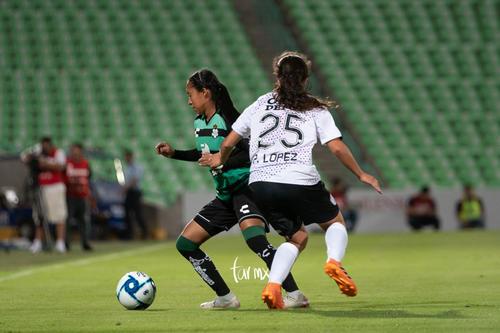 Olga Trasviña, Ana López