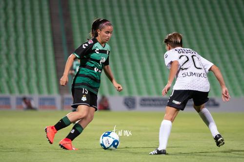 Sumiko Gutiérrez, Daniela Delgado