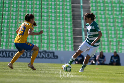 Blanca Solís, Melissa Sosa