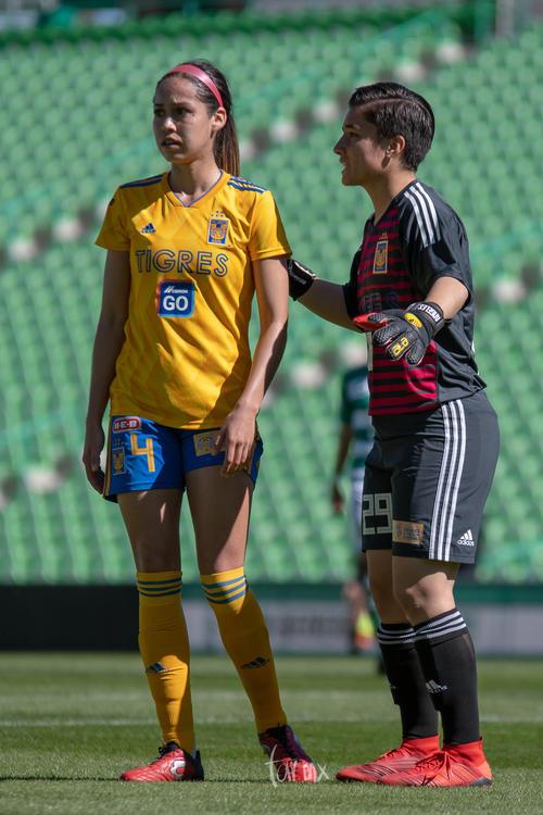 Greta Espinoza 4, María Martínez 29