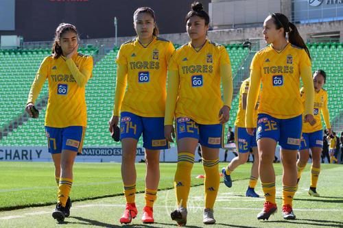 Natalia Villareal, Lizbeth Ovalle, Vanessa González, Mariana El
