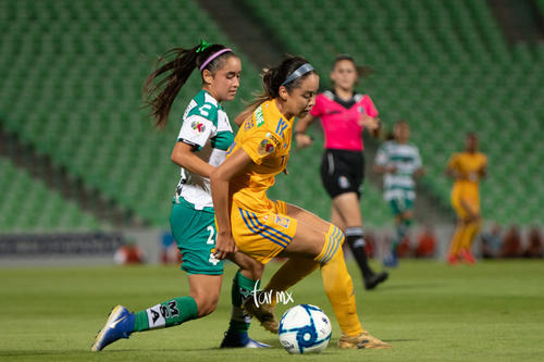 Ashly Martínez, Greta Espinoza