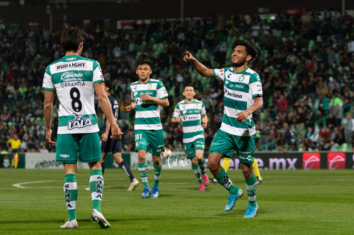 Festejo de gol, Eduardo Aguirre
