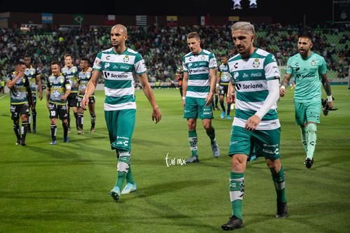 Santos León