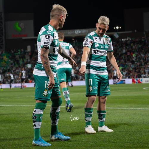 Gol de Brian Lozano, Fernando Gorriarán, Brian Lozano