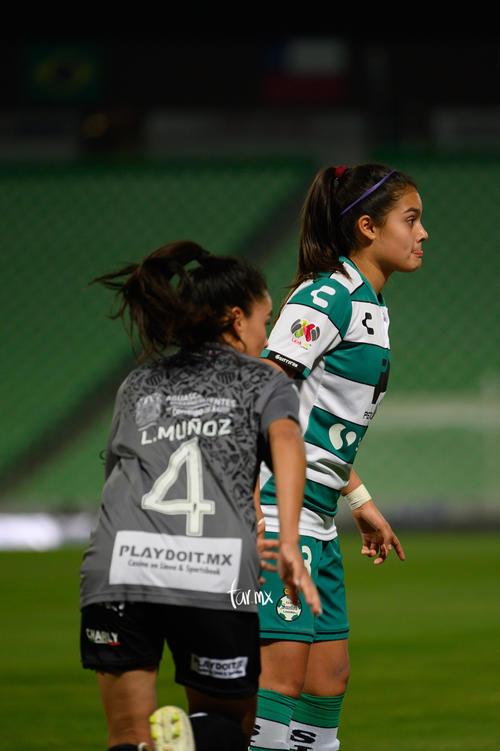 Lucia Muñoz, Alexxandra Ramírez