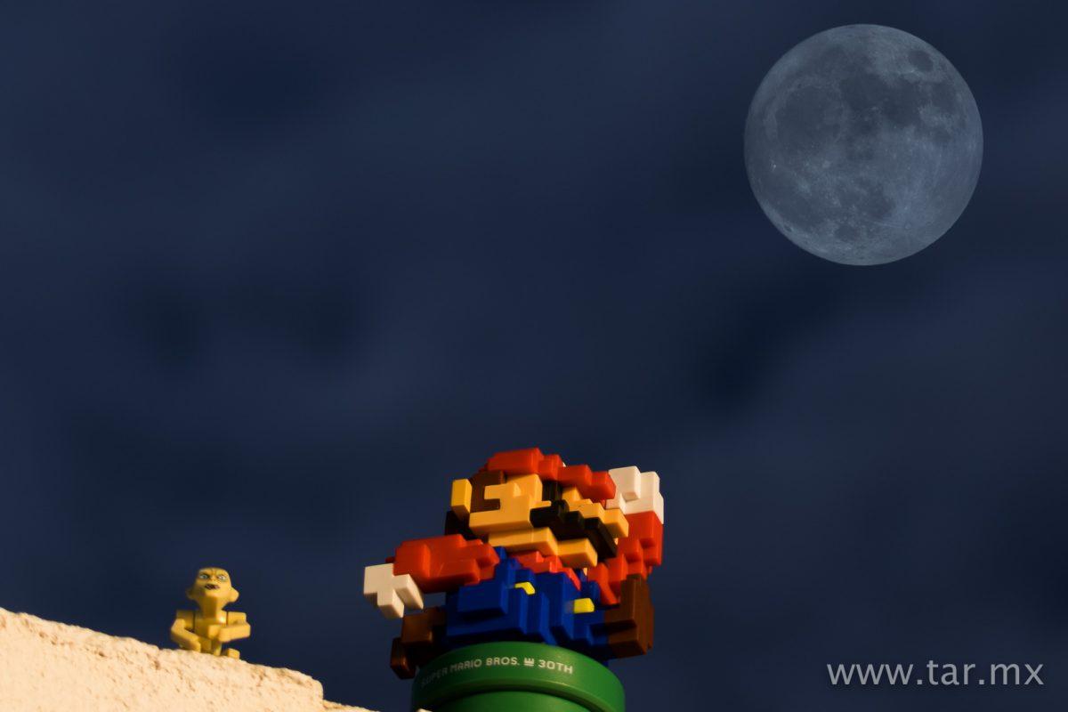 Mario quiere ir a la luna, se cuela Gollum.