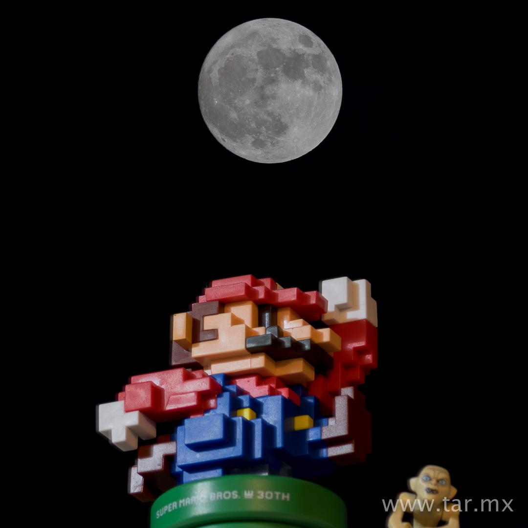 Mario va a la luna